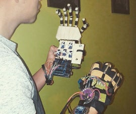 Wireless Animatronic Hand