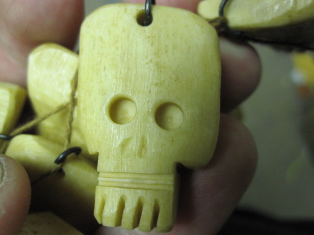 Picture of Carved Bone Skulls From Bone Scraps (+Video)