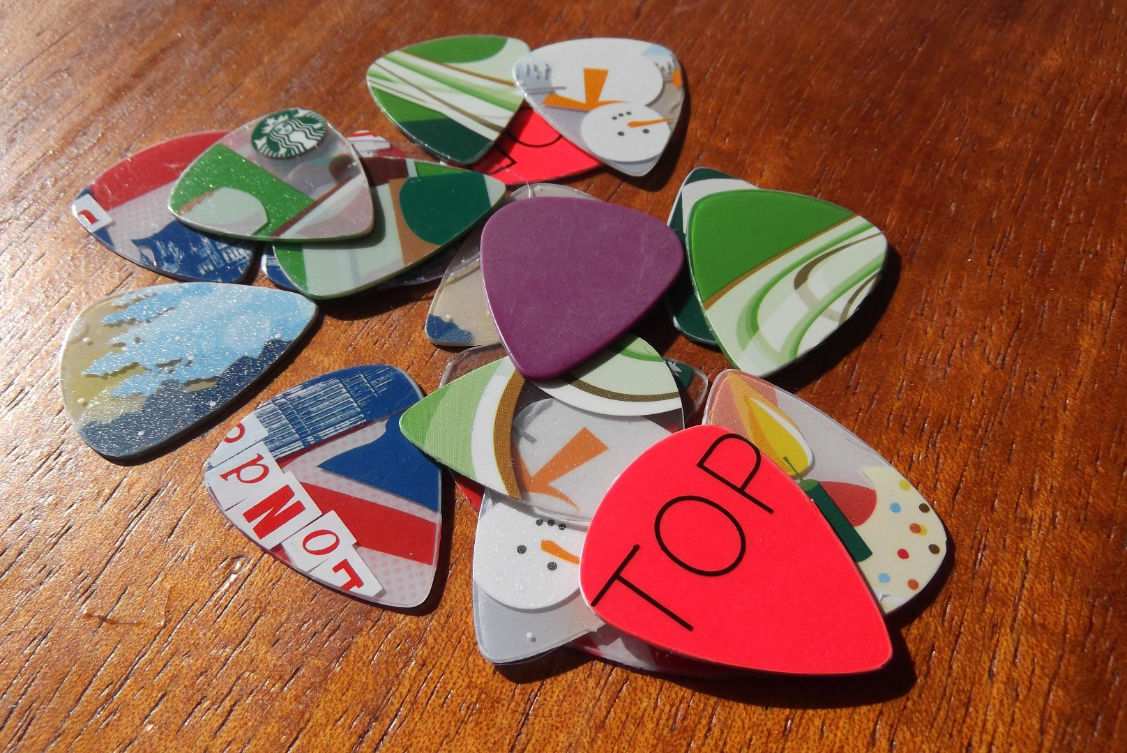 Picture of Gift Cards --> Guitar Picks!