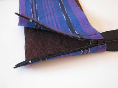 Sewing the Middle and Remaining Zipper Halfs