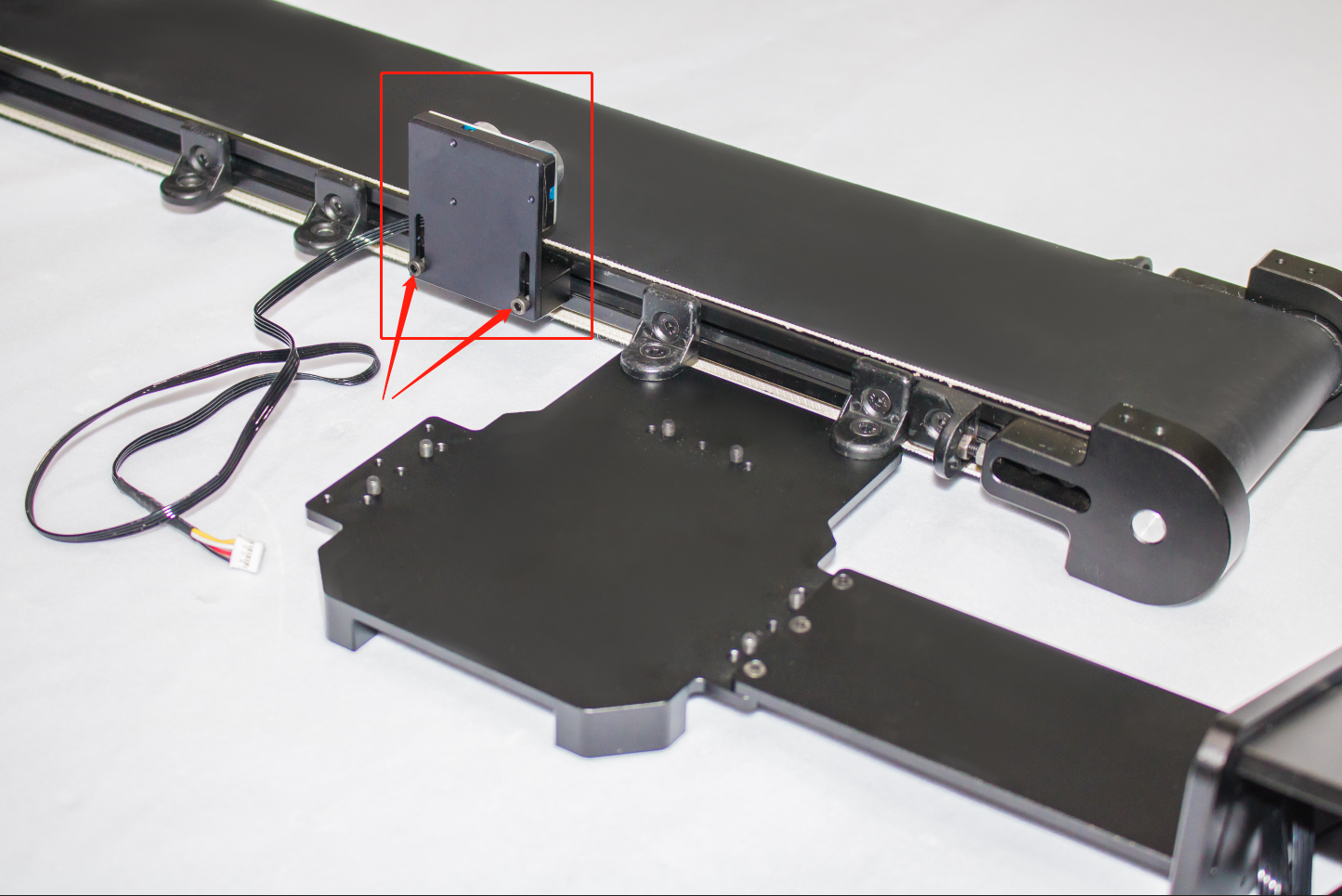 Picture of Install Ultrasonic Sensor: Fix the Ultrasonic Sensor on the Conveyor Belt