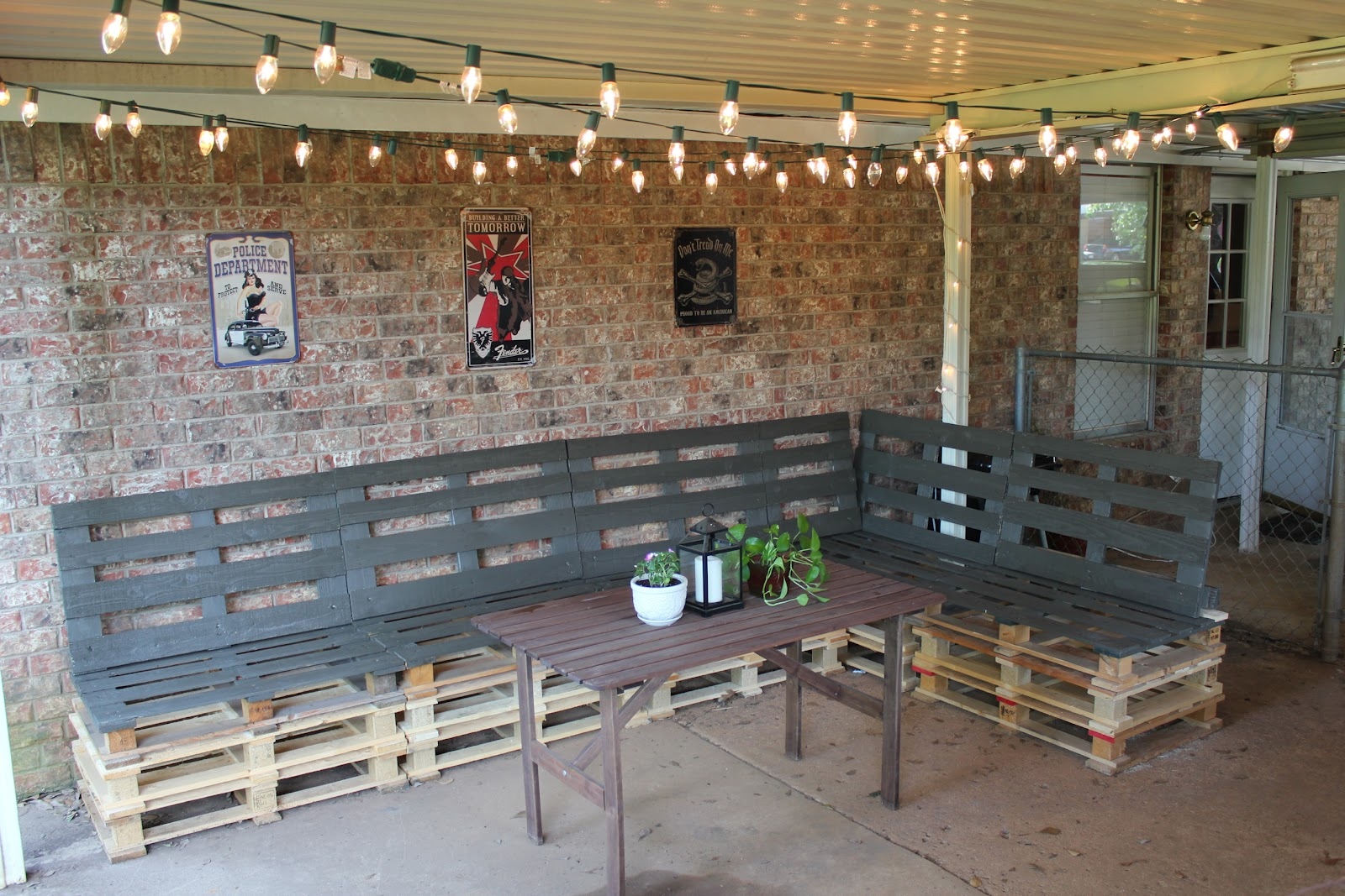 Picture of DIY Pallet Furniture
