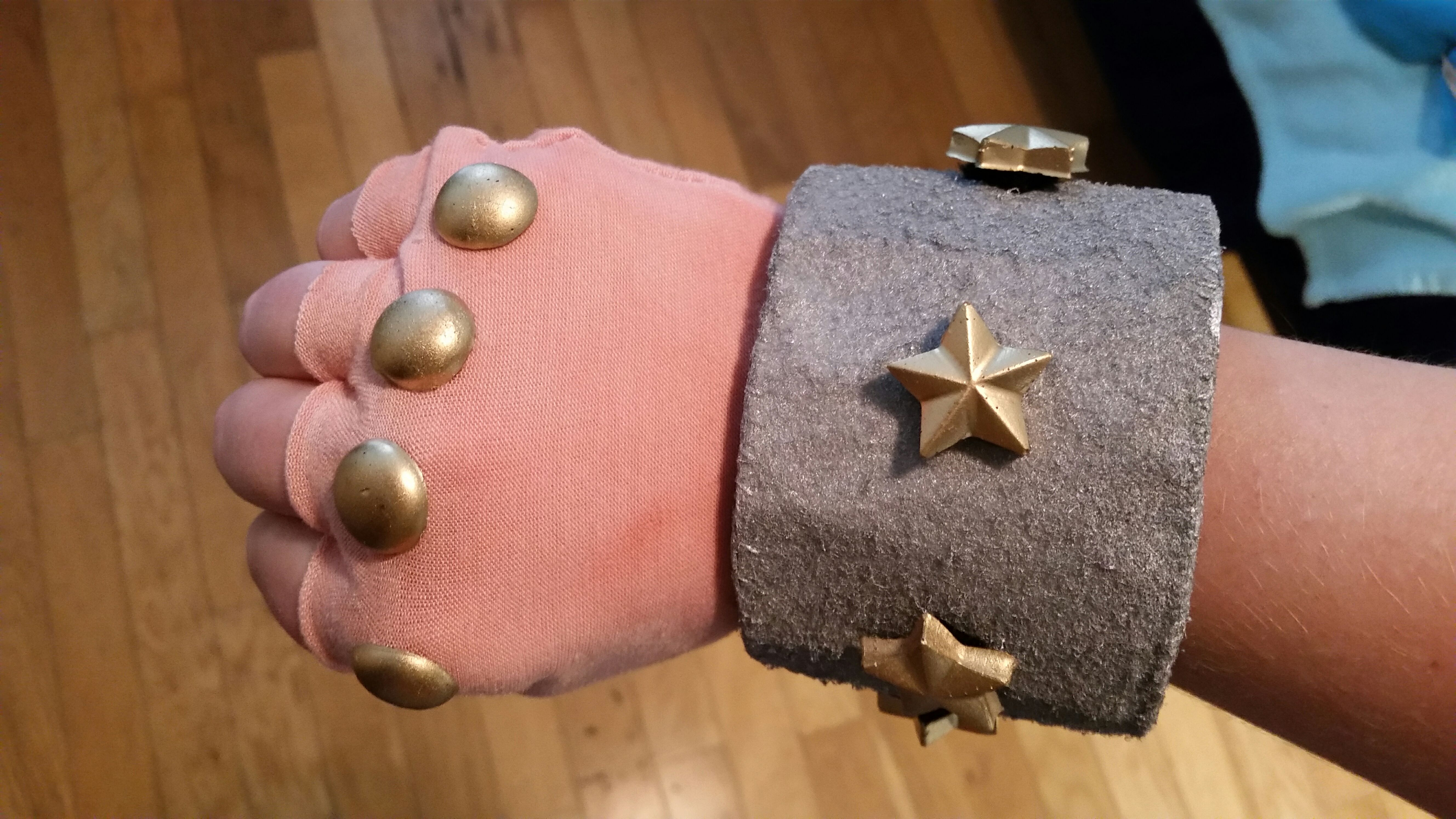 Picture of Gauntlet: Dye and Attach Knuckles