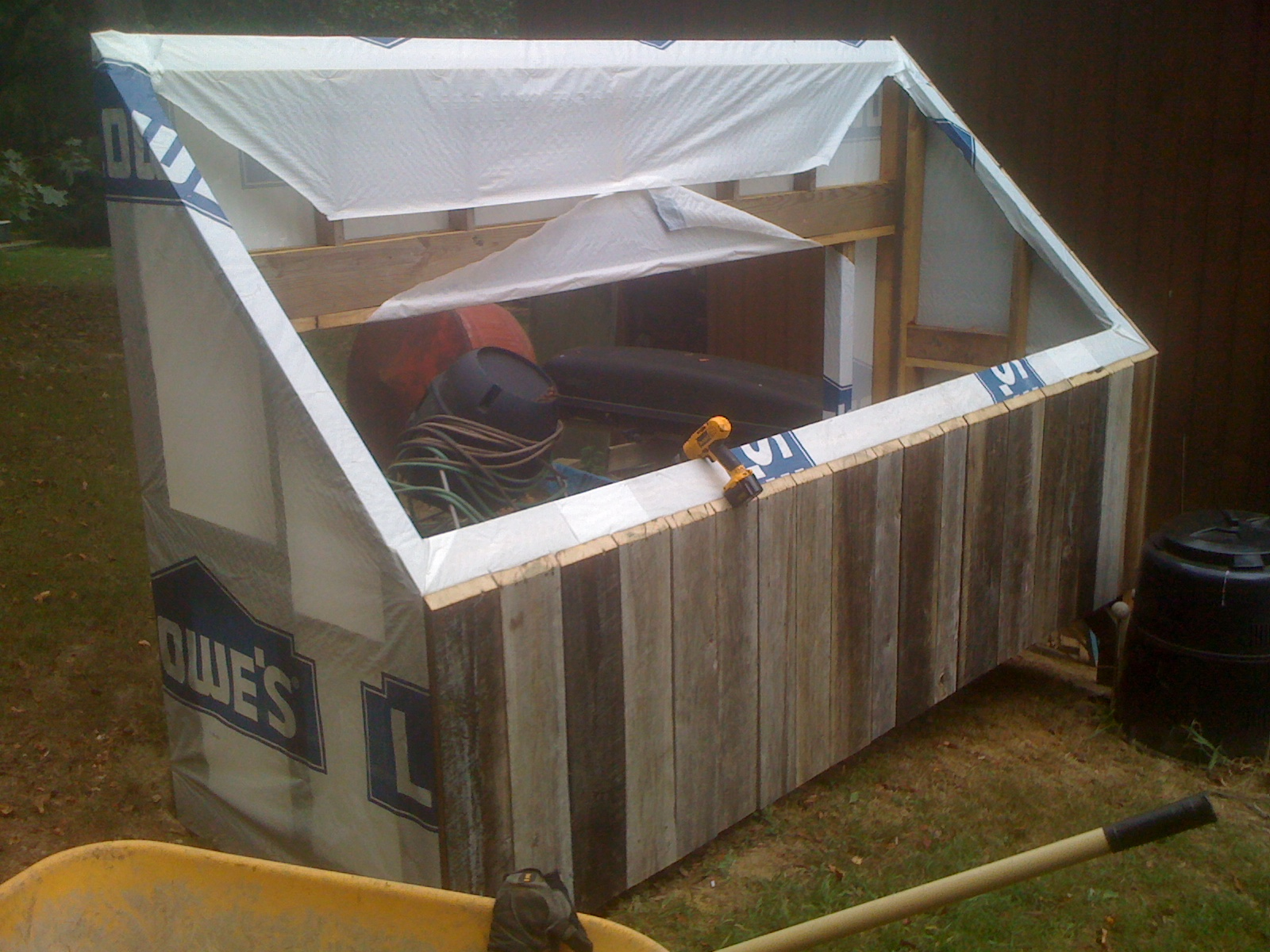 Picture of Wrapping and Siding the Structure
