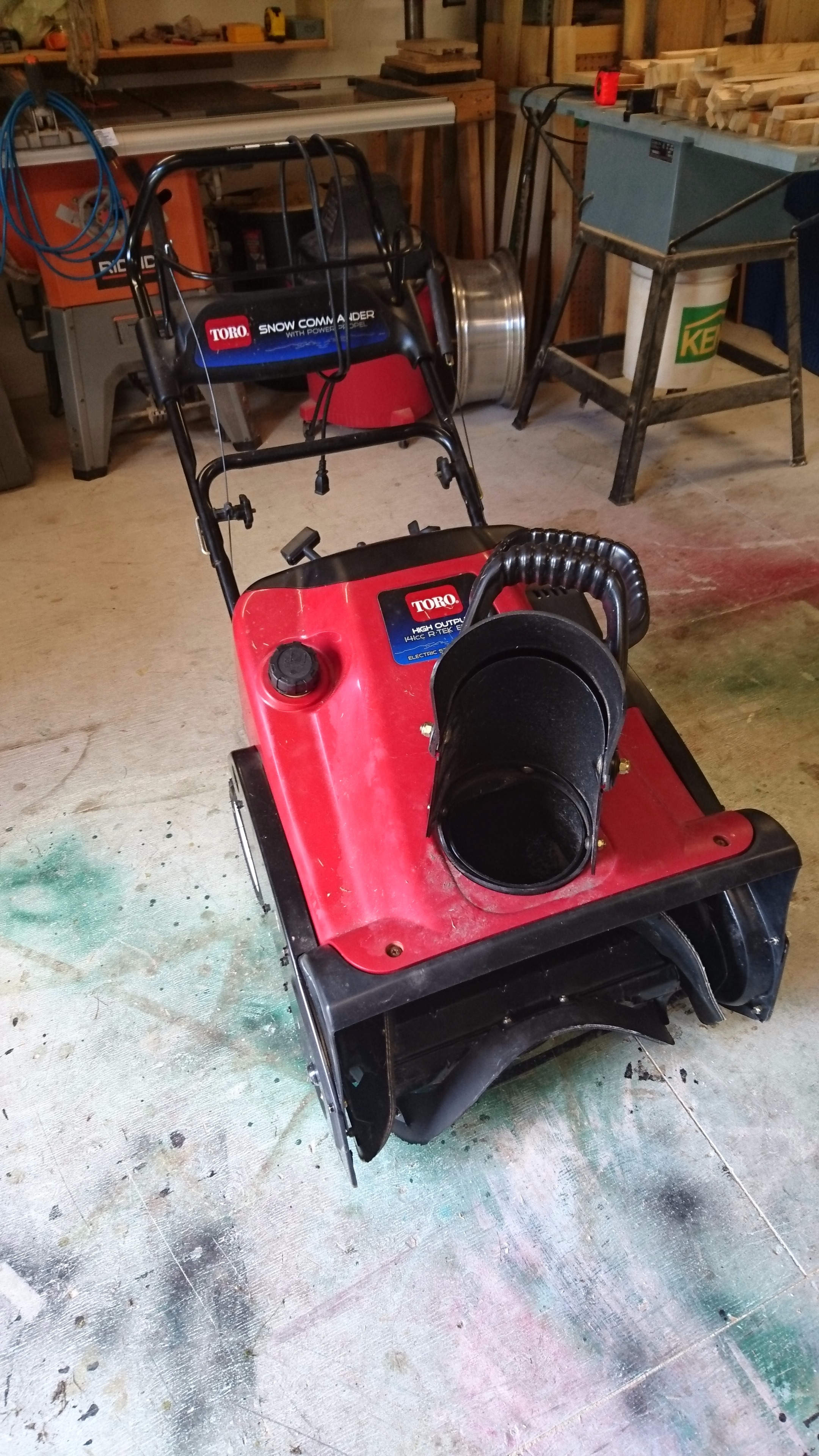 Picture of Snow Blower Paddle Replacement