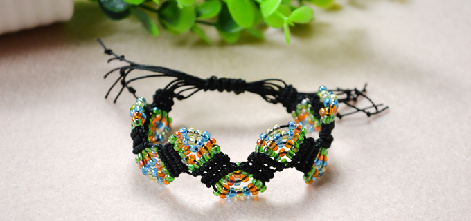Picture of How to Make Adjustable Macramé Beaded Bracelets With Nylon Thread