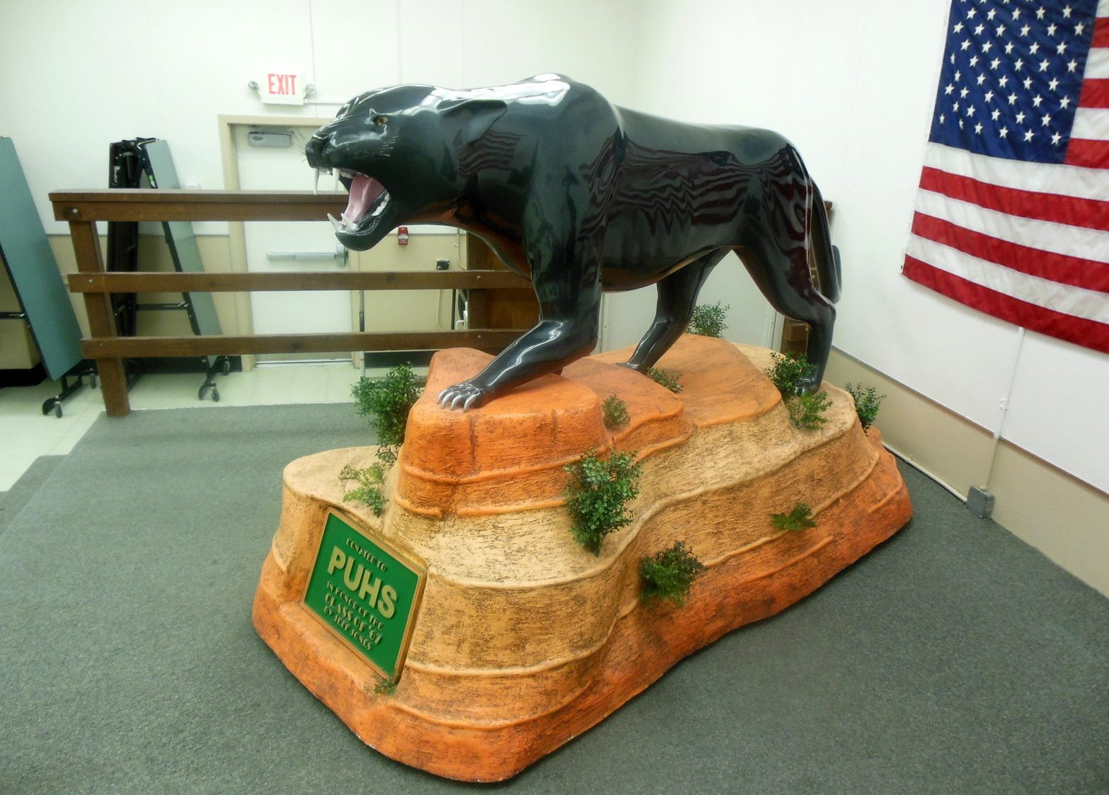 Picture of Woodcarving Panther Statue