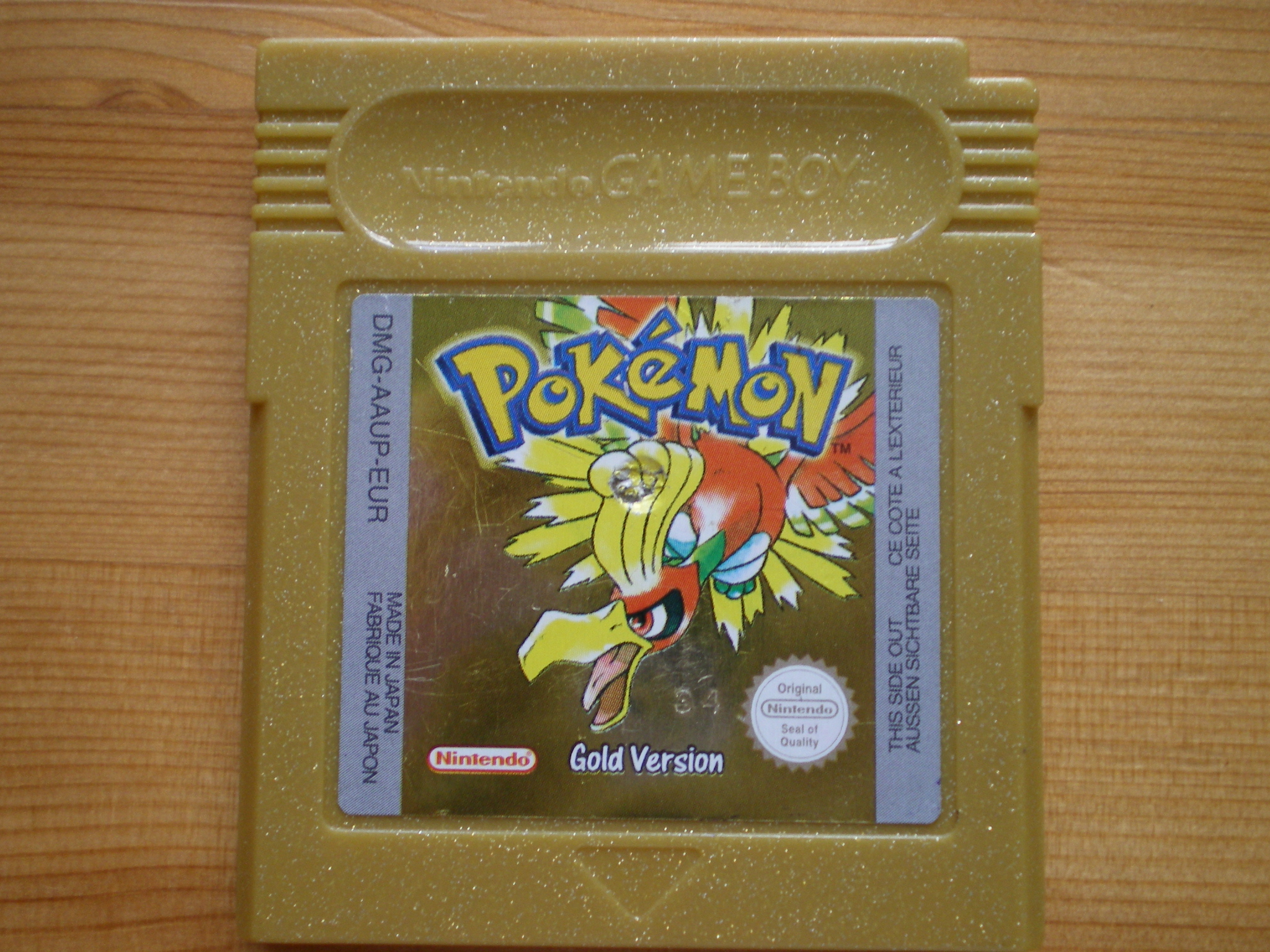 Picture of How to Replace the Battery in a Pokemon Gold/silver Gameboy Cart