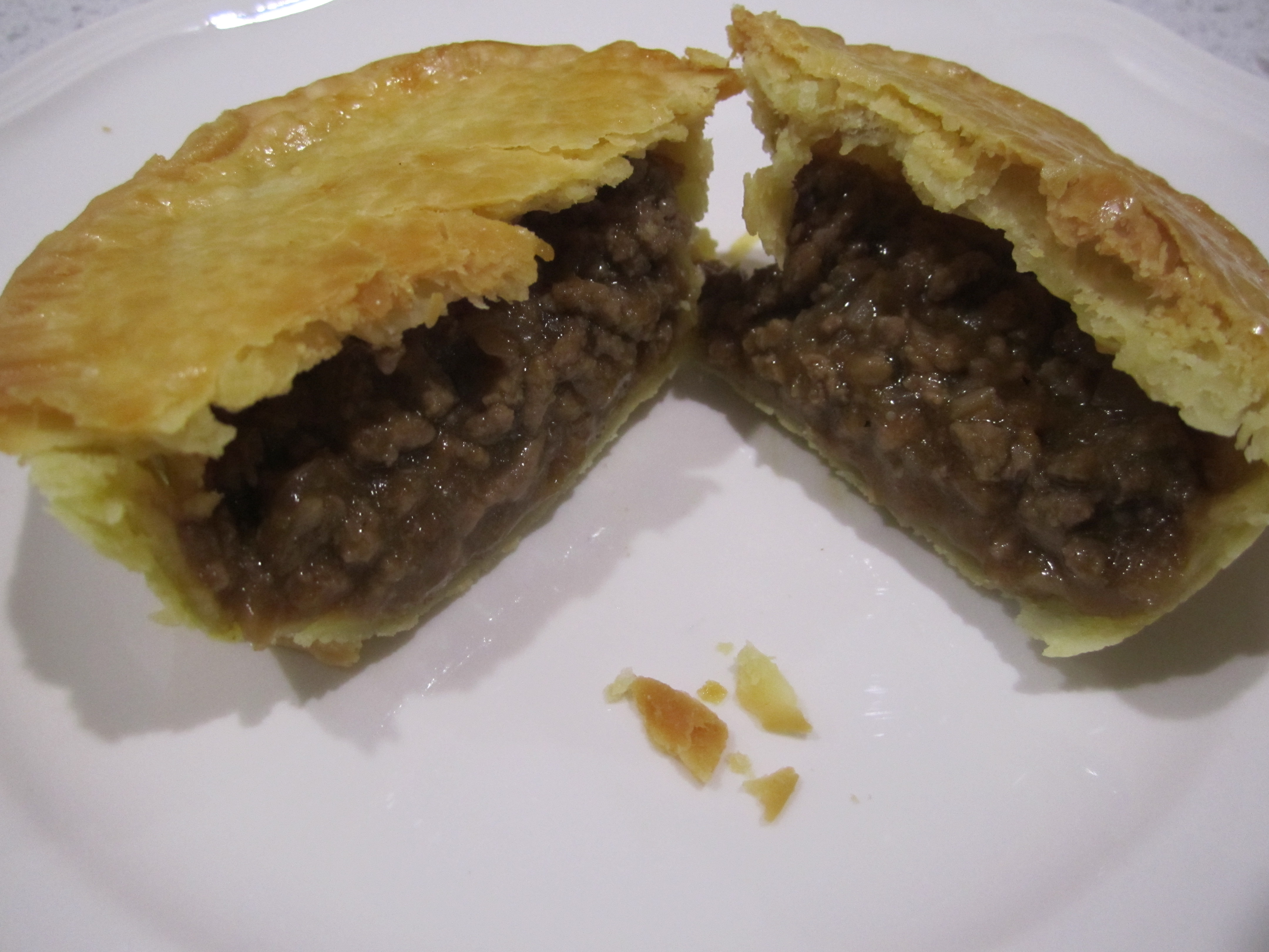 Picture of Beef Party Pie