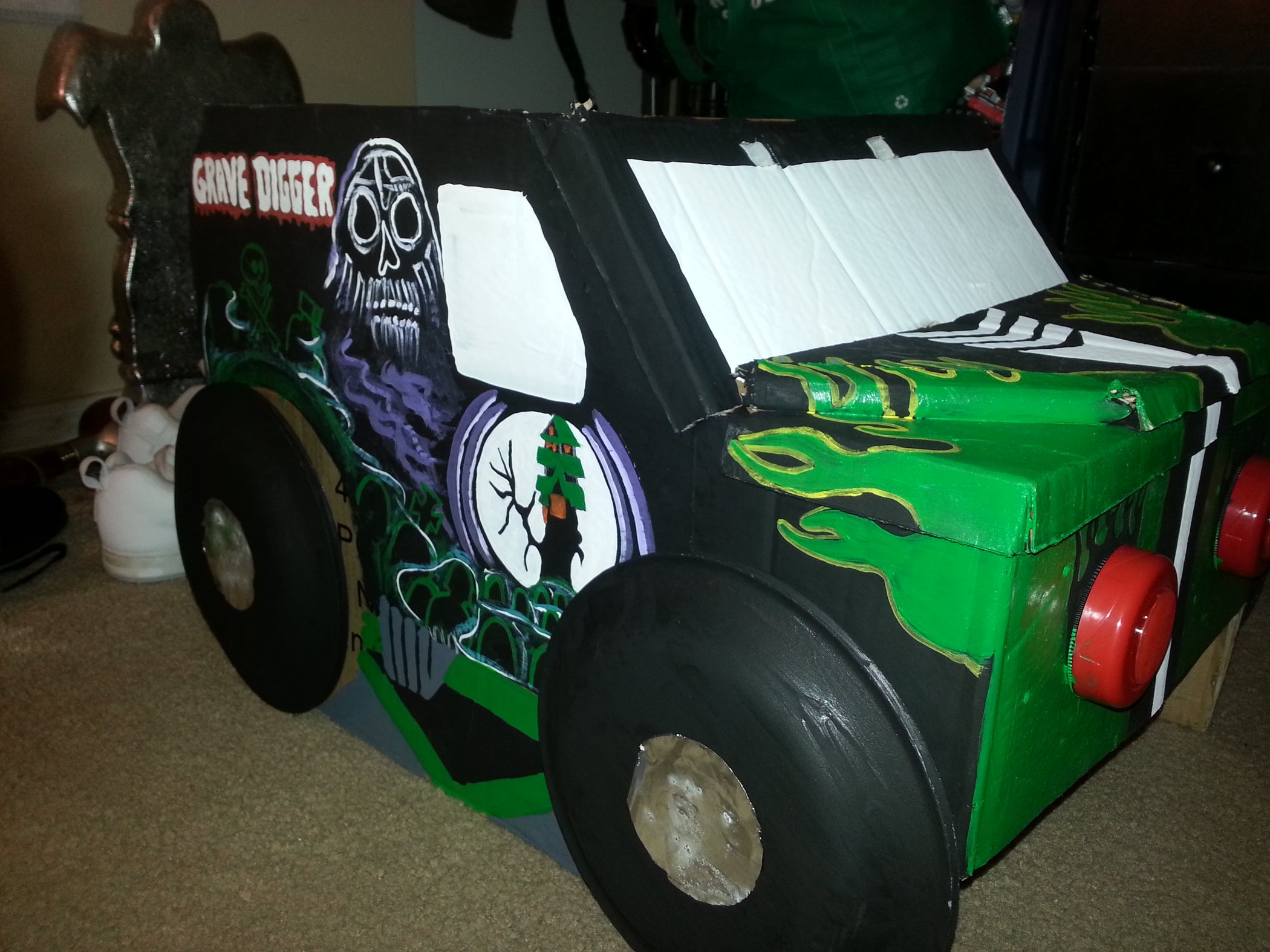 Grave Digger Monster Truck Costume 12 Steps Instructables