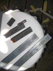 Grampos Feitos Com Sobra De Material.  Clamps Made from Scrap Material.
