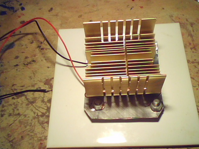 Picture of Thermoelectric Generator (Heat to Electrical Power)
