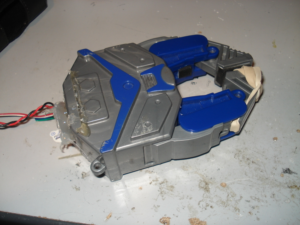 Picture of Extend the Wires on the Gripper Motor