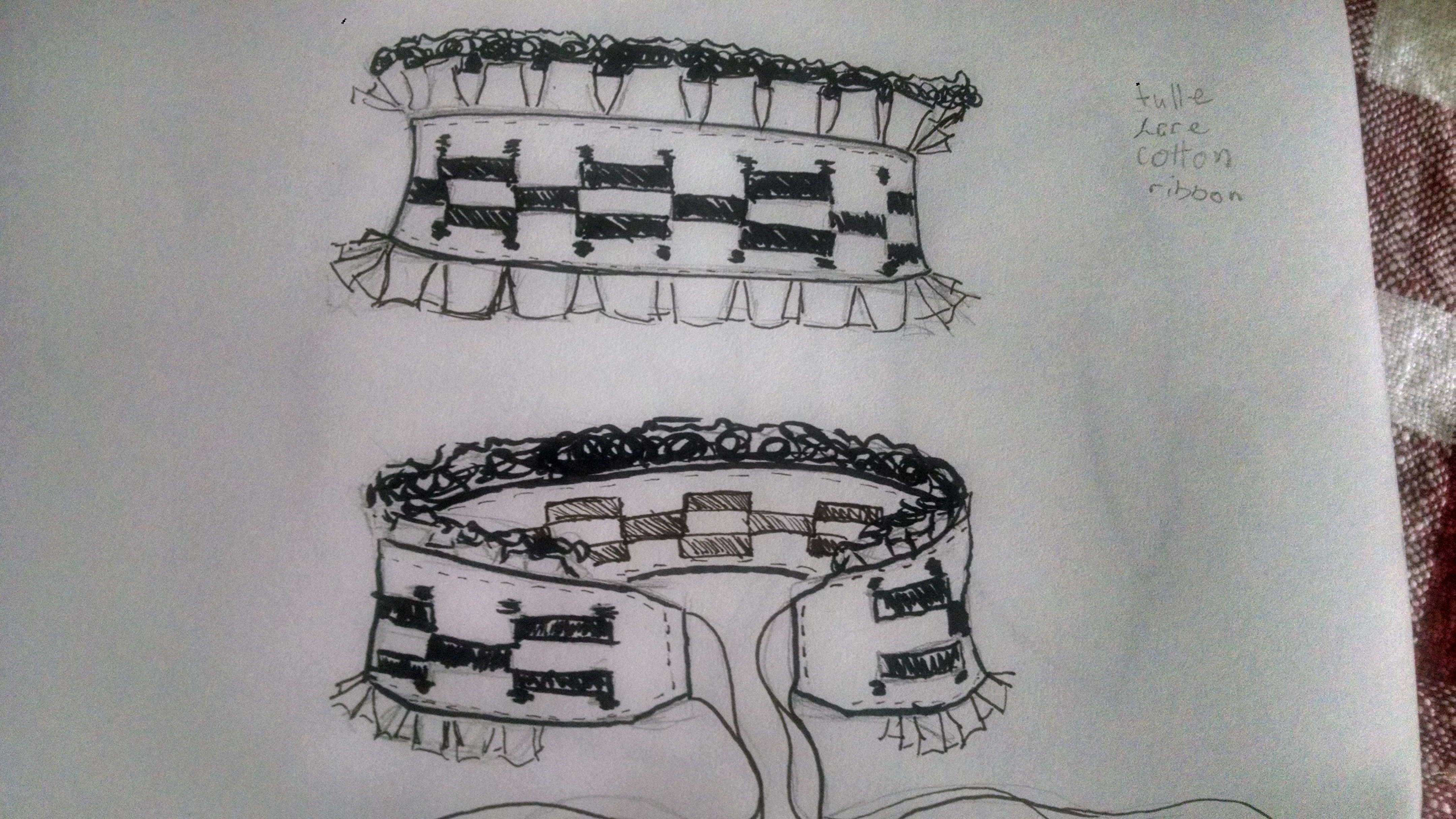 Picture of Checkered Pattern Collar