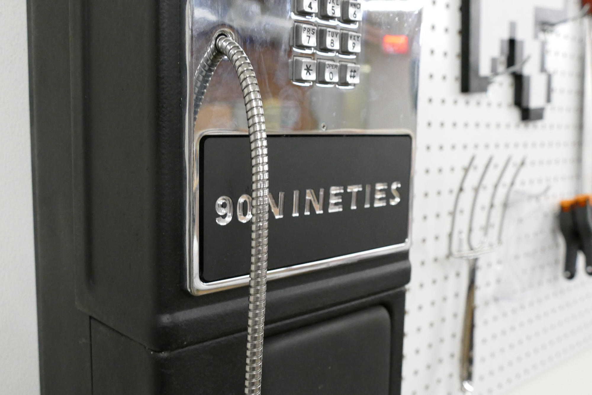 Picture of '90s Payphone Boombox Hack