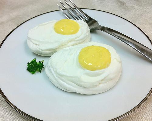 Lemon Curd Pavlovas