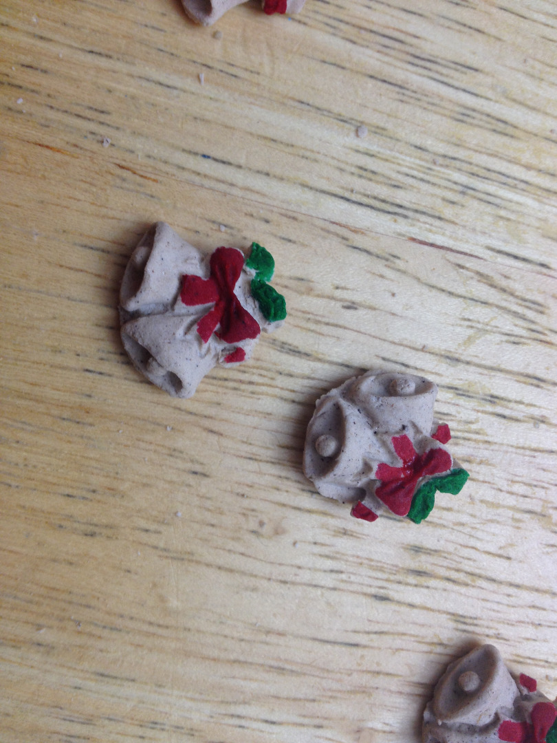 Picture of Decorations and Glue