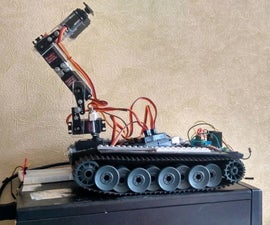 robot tank with arm