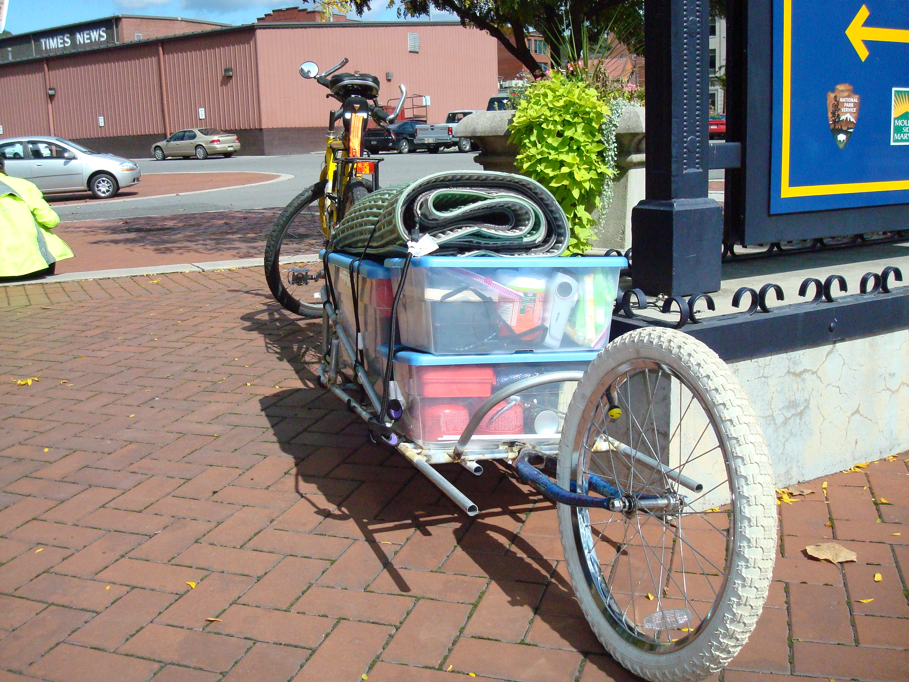 Picture of Single Wheeled Bike Trailer