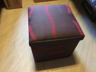 Storage Box / Pouffe