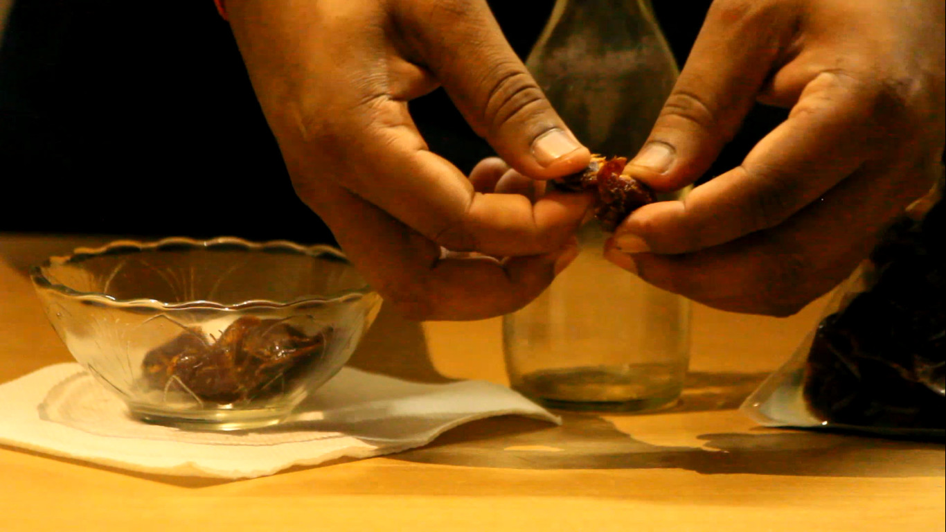 Picture of Extracting and Peeling of Seeds.