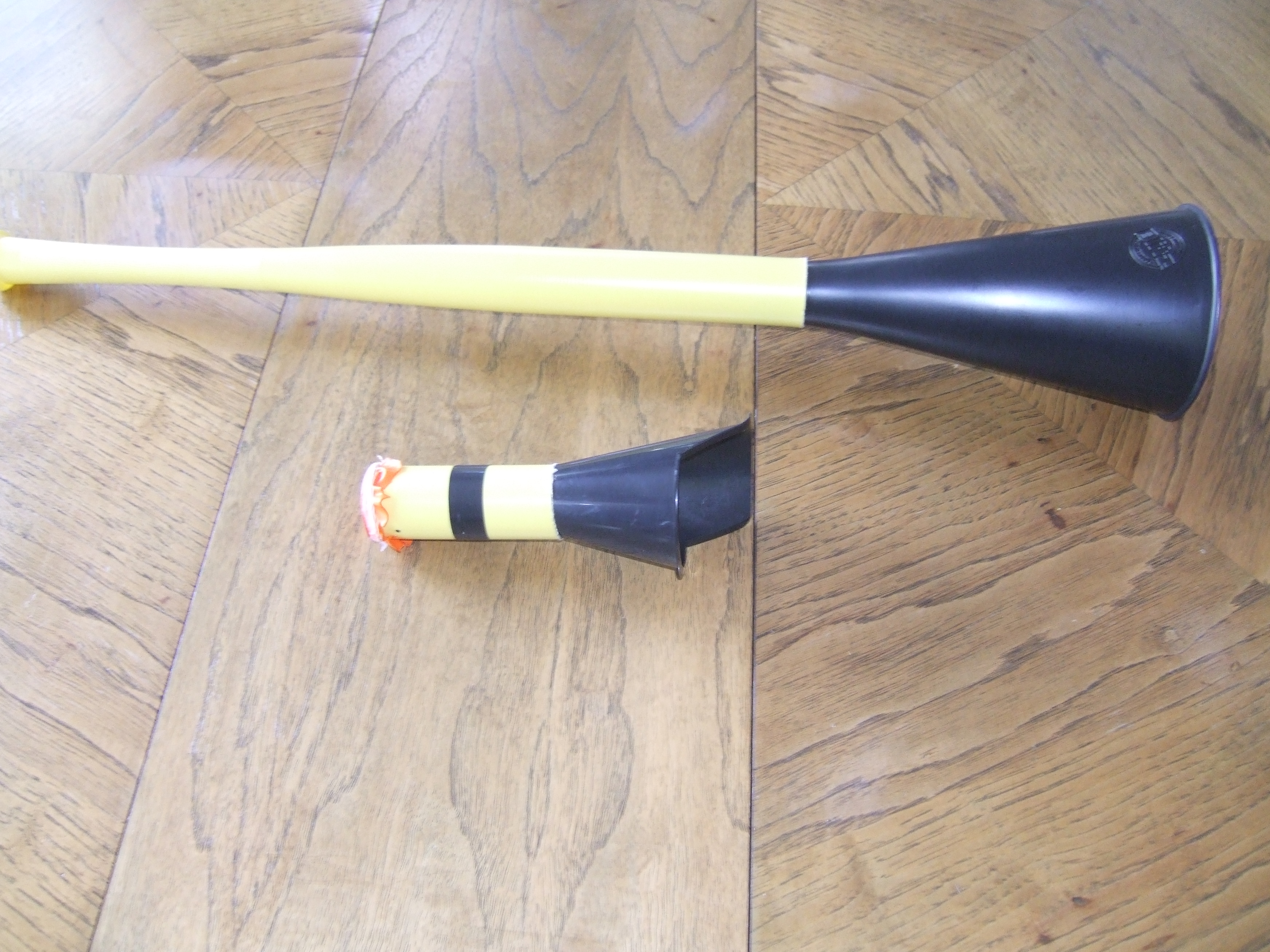 Picture of The Mighty Pocket Vuvuzela/Airhorn