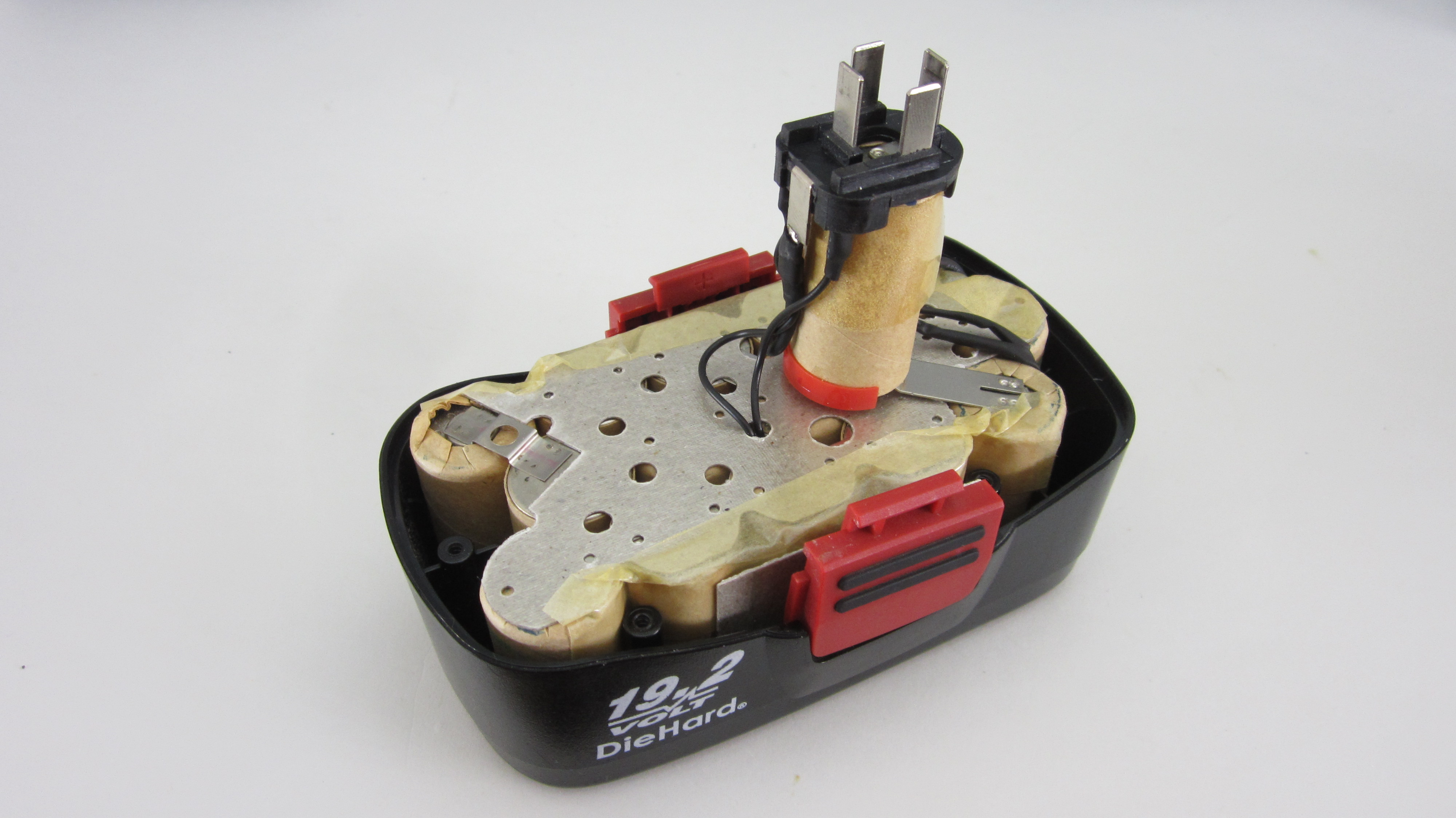 Picture of Background: Cordless Power Tool Batteries and How They Are Charged