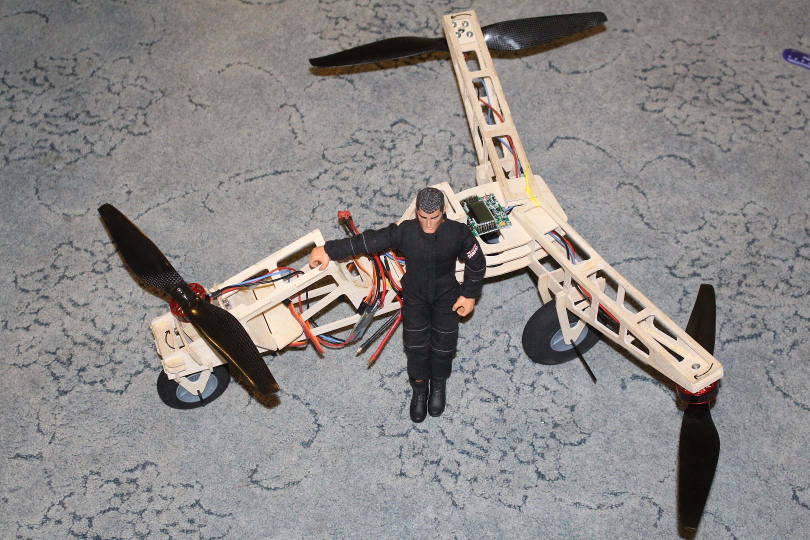 Picture of Action Man Tricopter.
