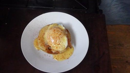 Preparing the Eggs Hemingway