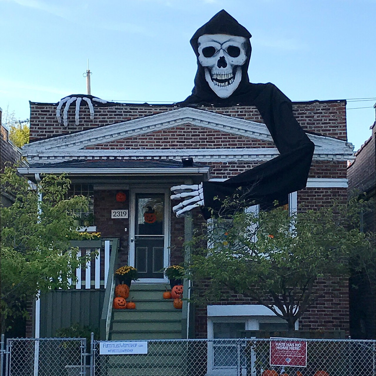 Picture of Giant Skeleton Halloween Decoration