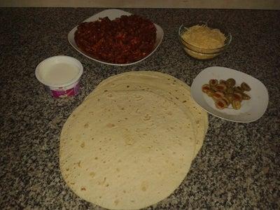 Gyros Tortilla Pizza Recipe