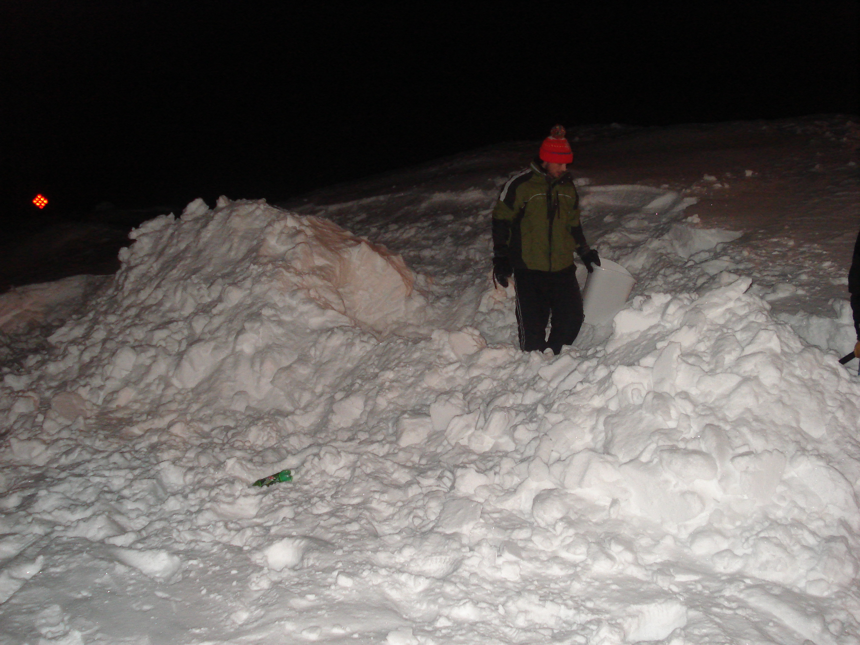 Picture of How to Build a Snow Fort
