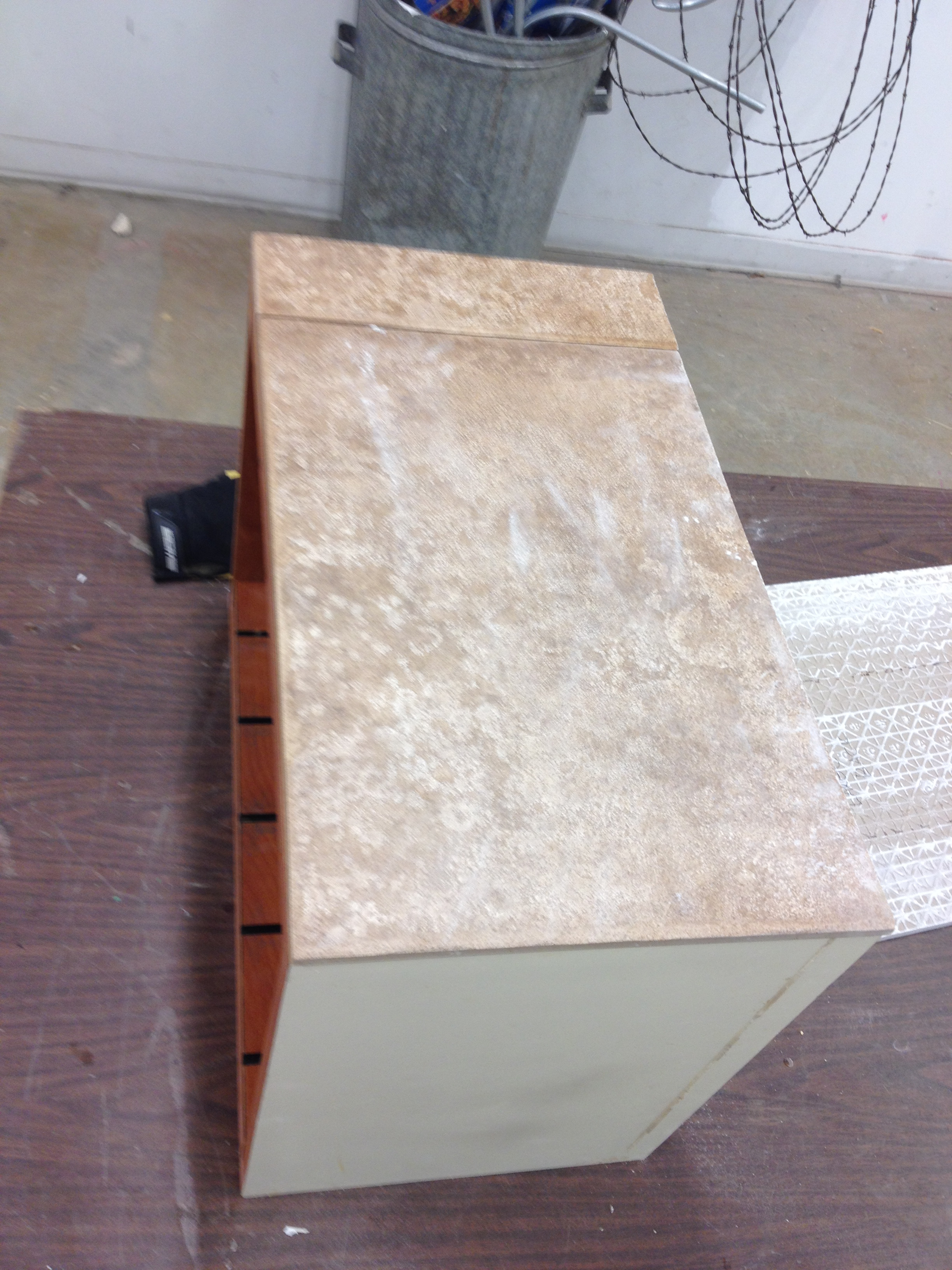 Picture of Mounting the Tiles on the Cabinet