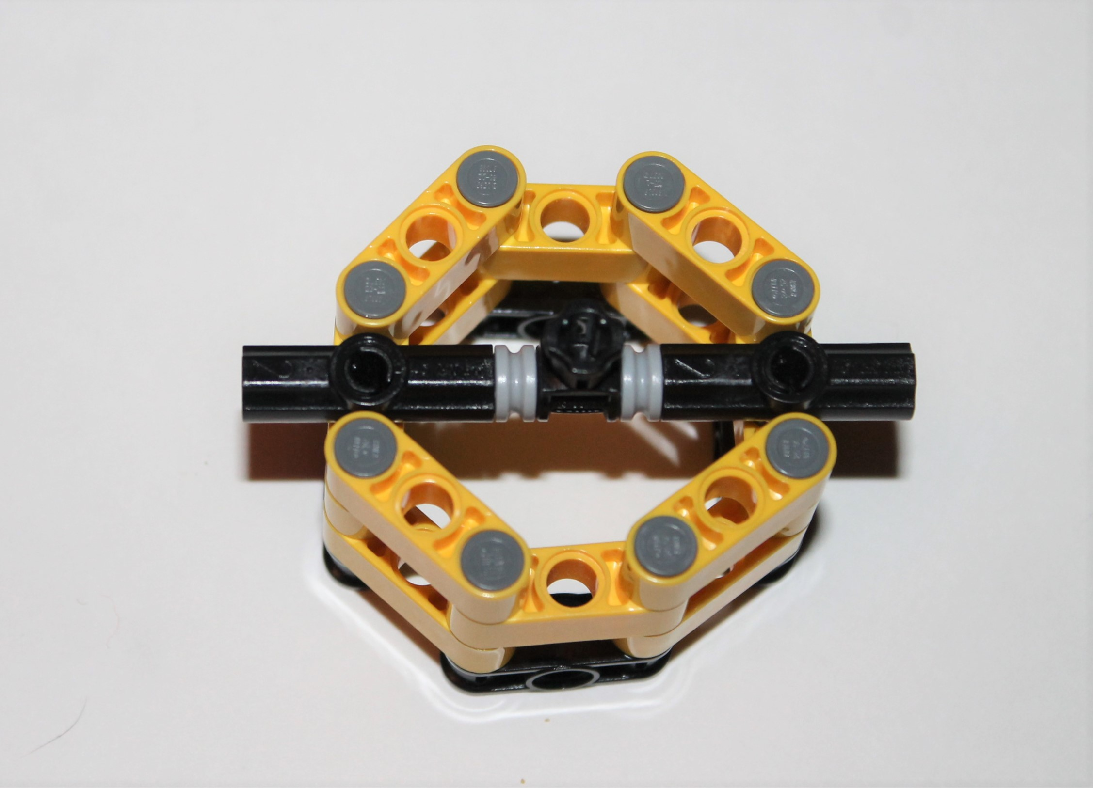 Picture of Attaching the Cross Connector