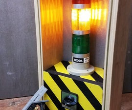 DIY Classroom Stoplight (Noise Management Tool)