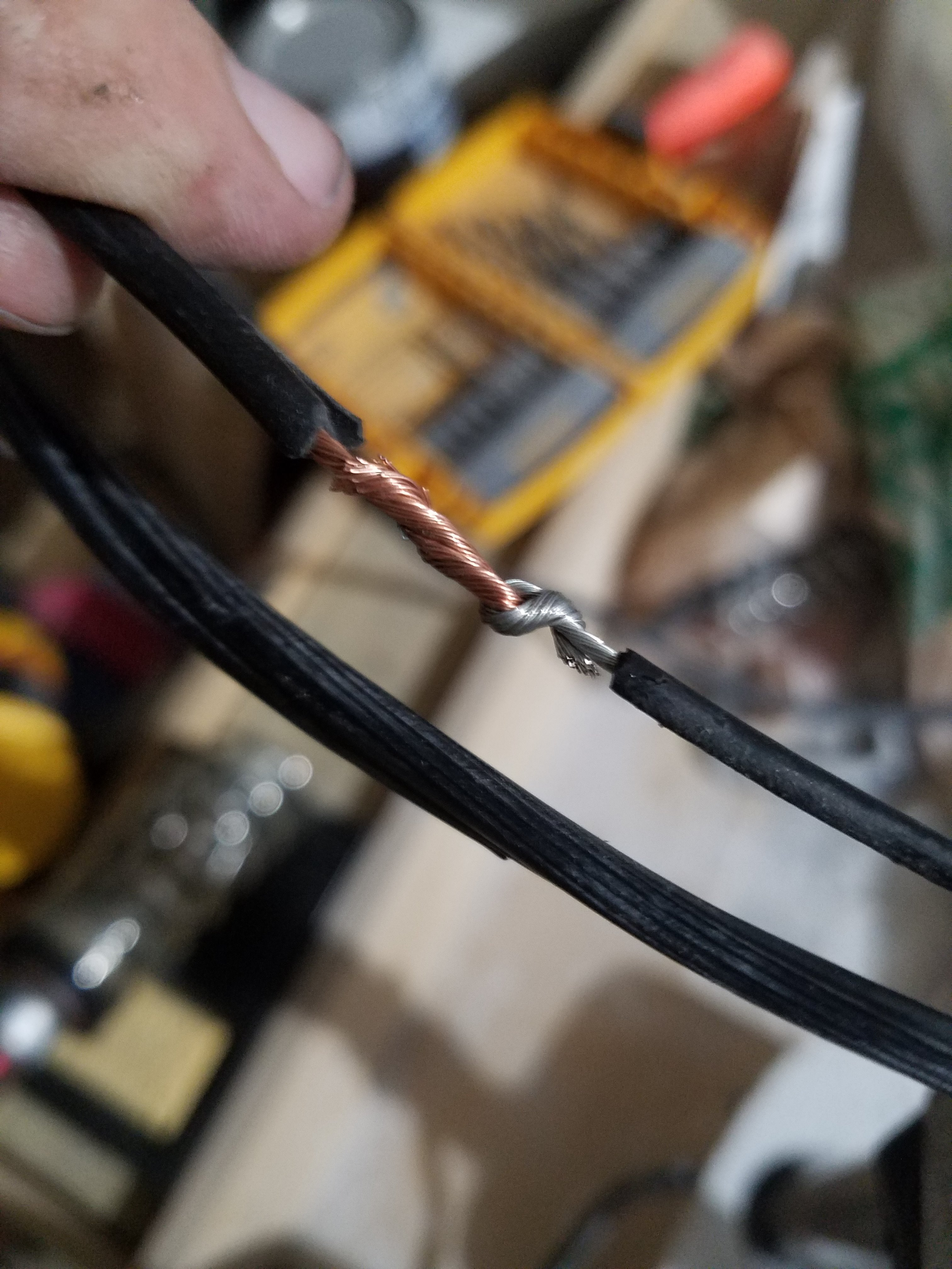 Picture of Splice the Hot Wire