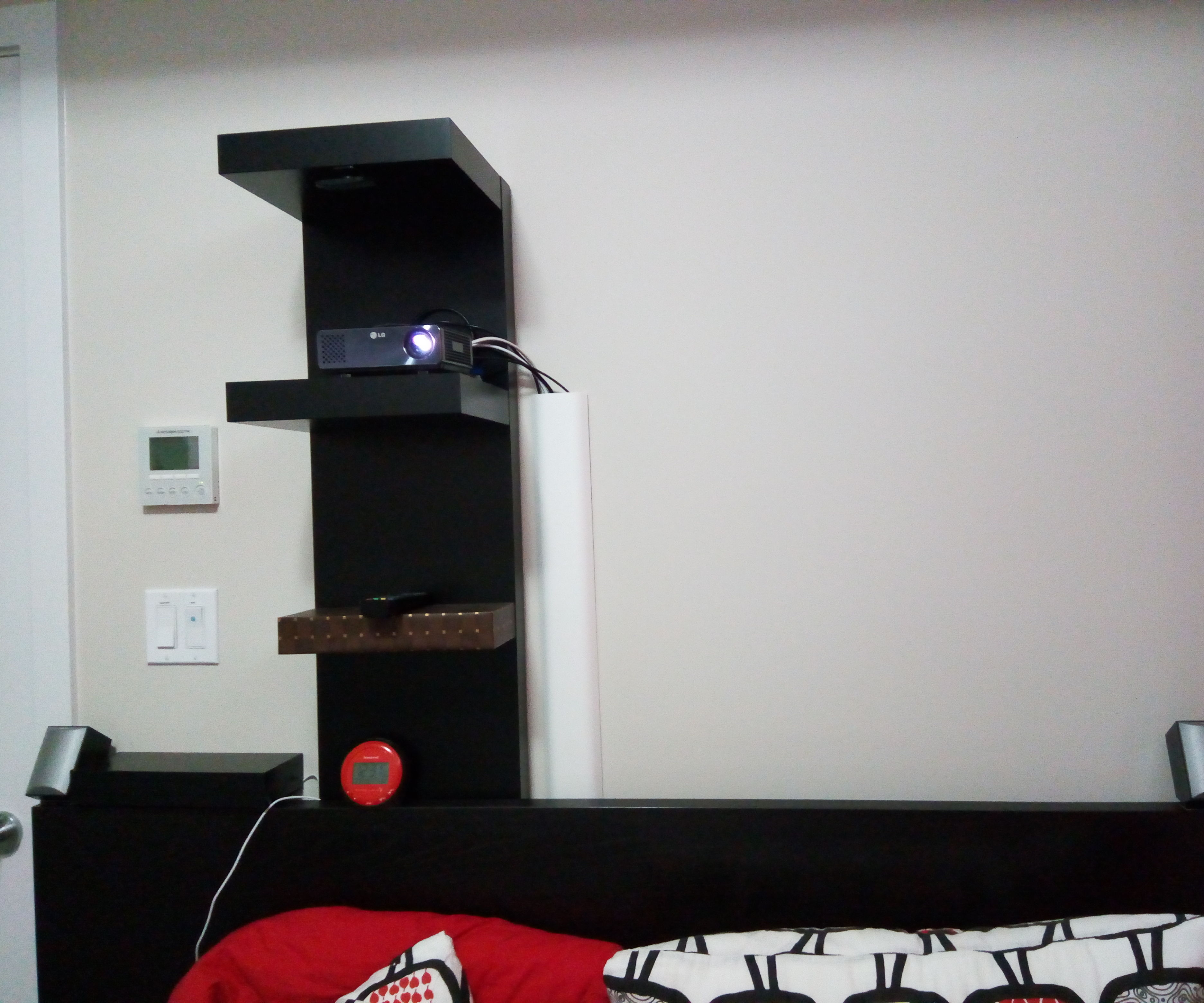 premium selection 1c7e1 bd378 Mount Projector Without Drilling With IKEA LACK Shelf: 5 ...