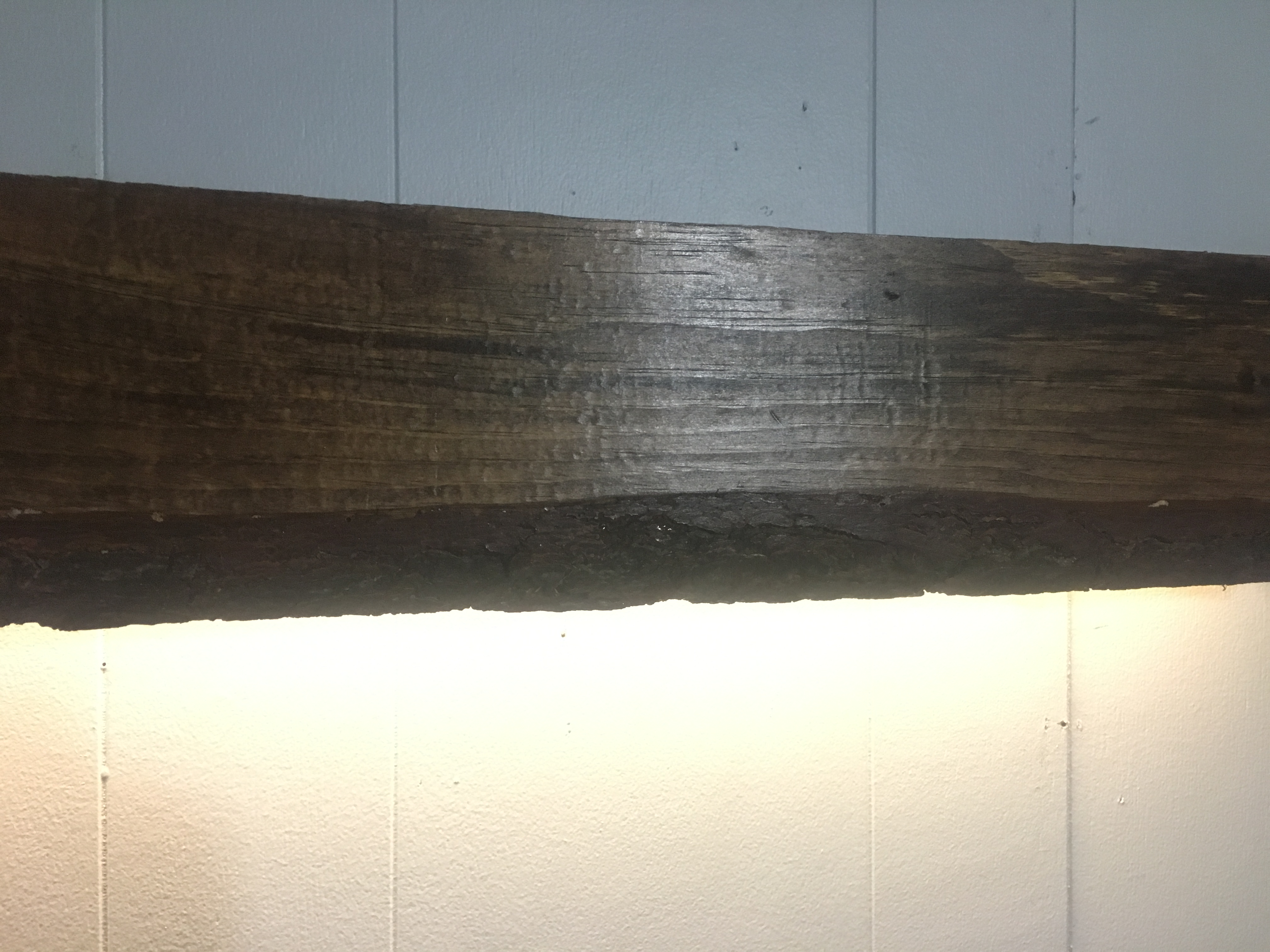 Picture of Wooden LED Wall Lamp