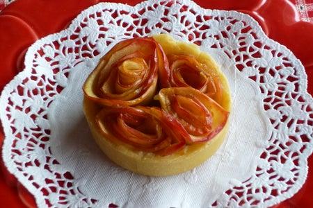 Mini Rosebud (Apple) Pies - With a Gluten Free Option