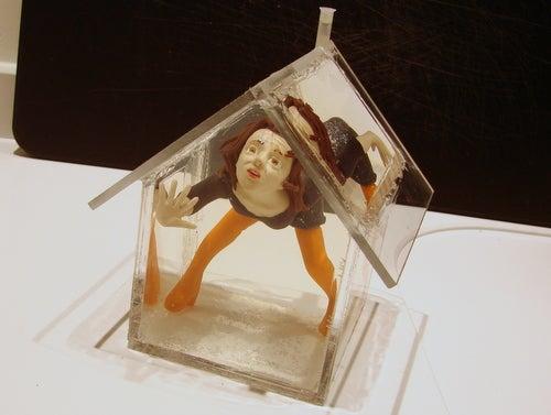 Make a Custom Wonderland Snow Globe/house