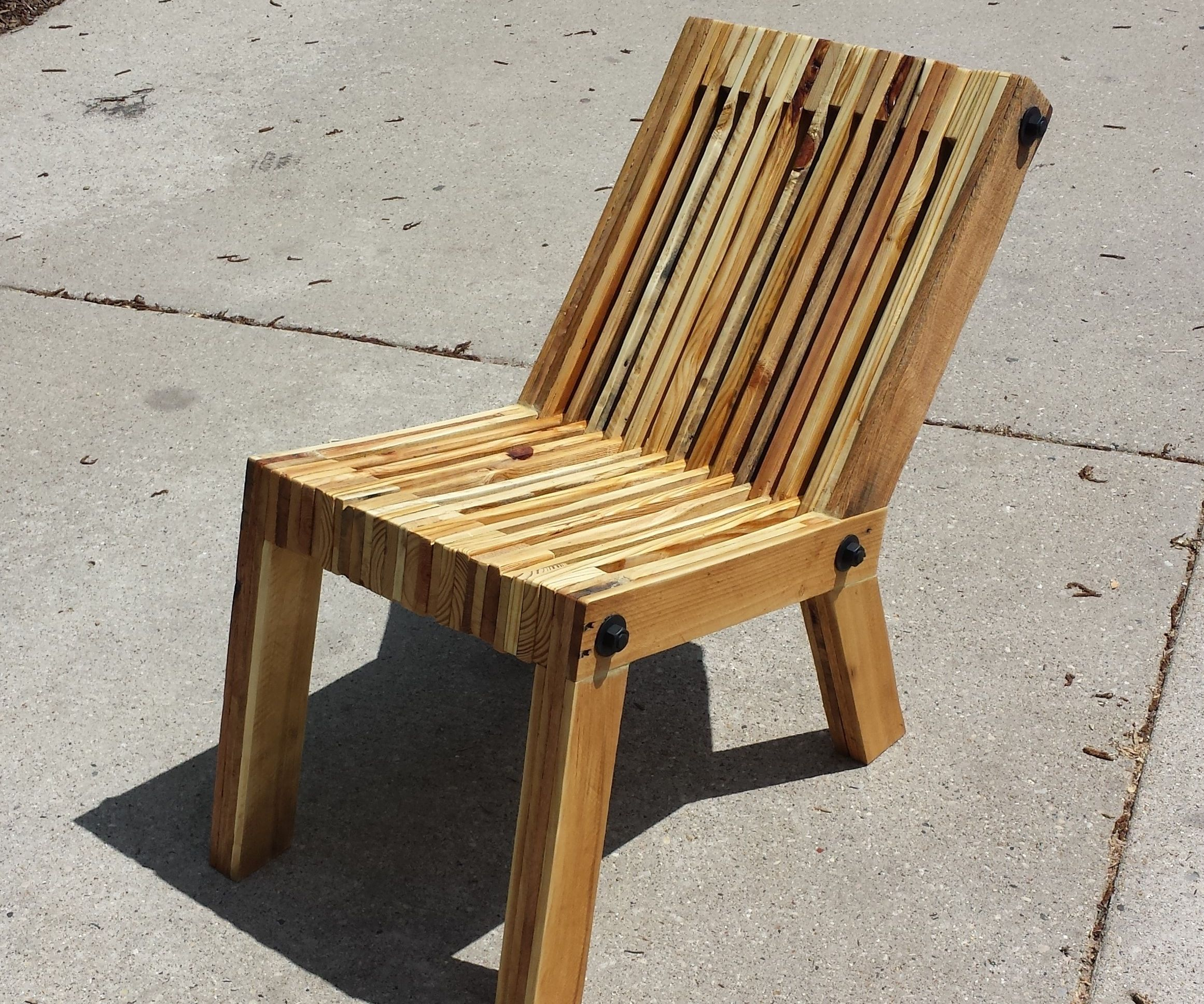 Pallet Furniture – Chairs from Pallets