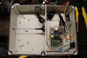 Flight Monitor Using a Raspberry PI and a DVB Stick