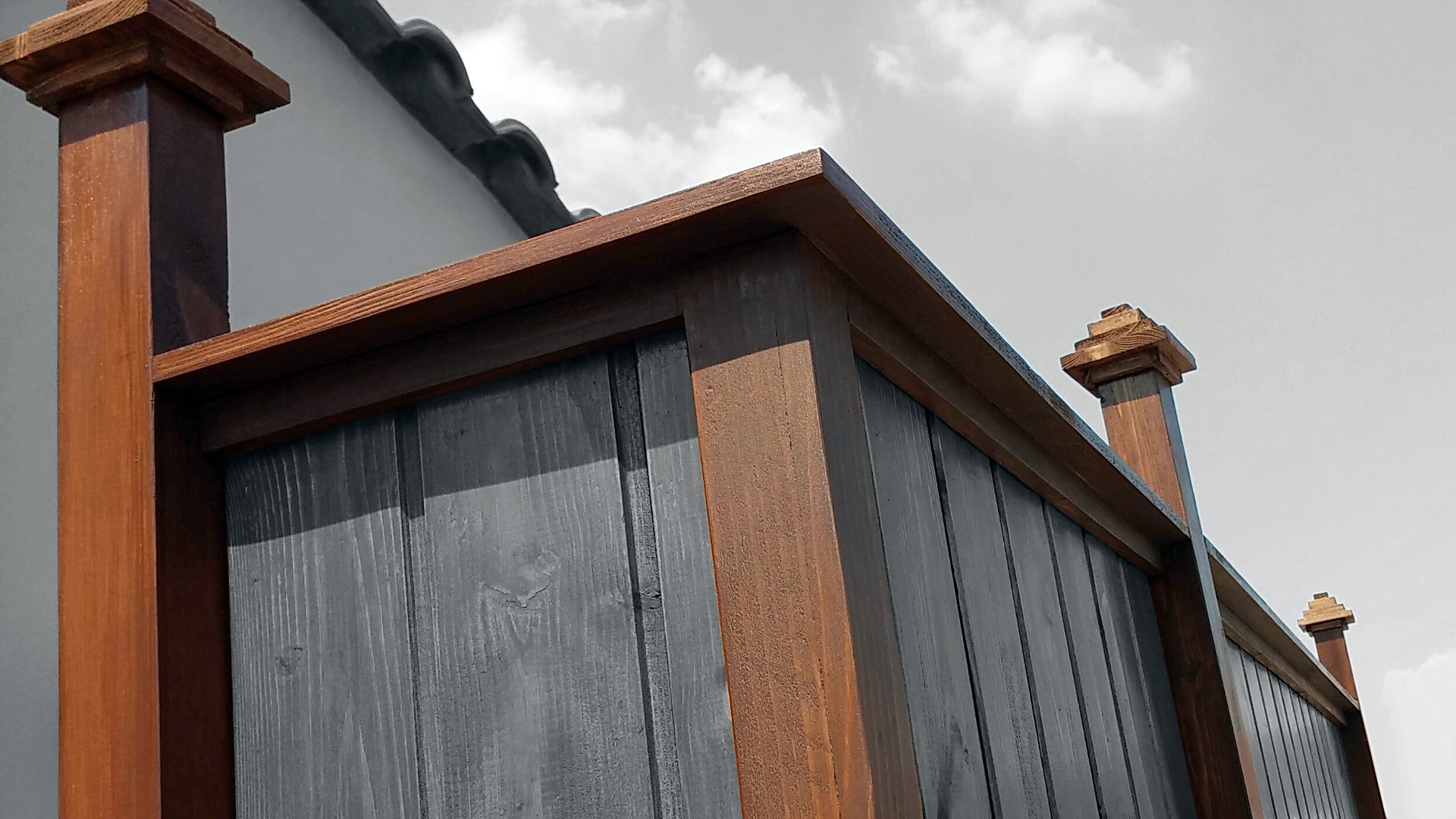 Picture of Luxurious Outdoor Shower - Part 3 [Wall Details & Post Caps]
