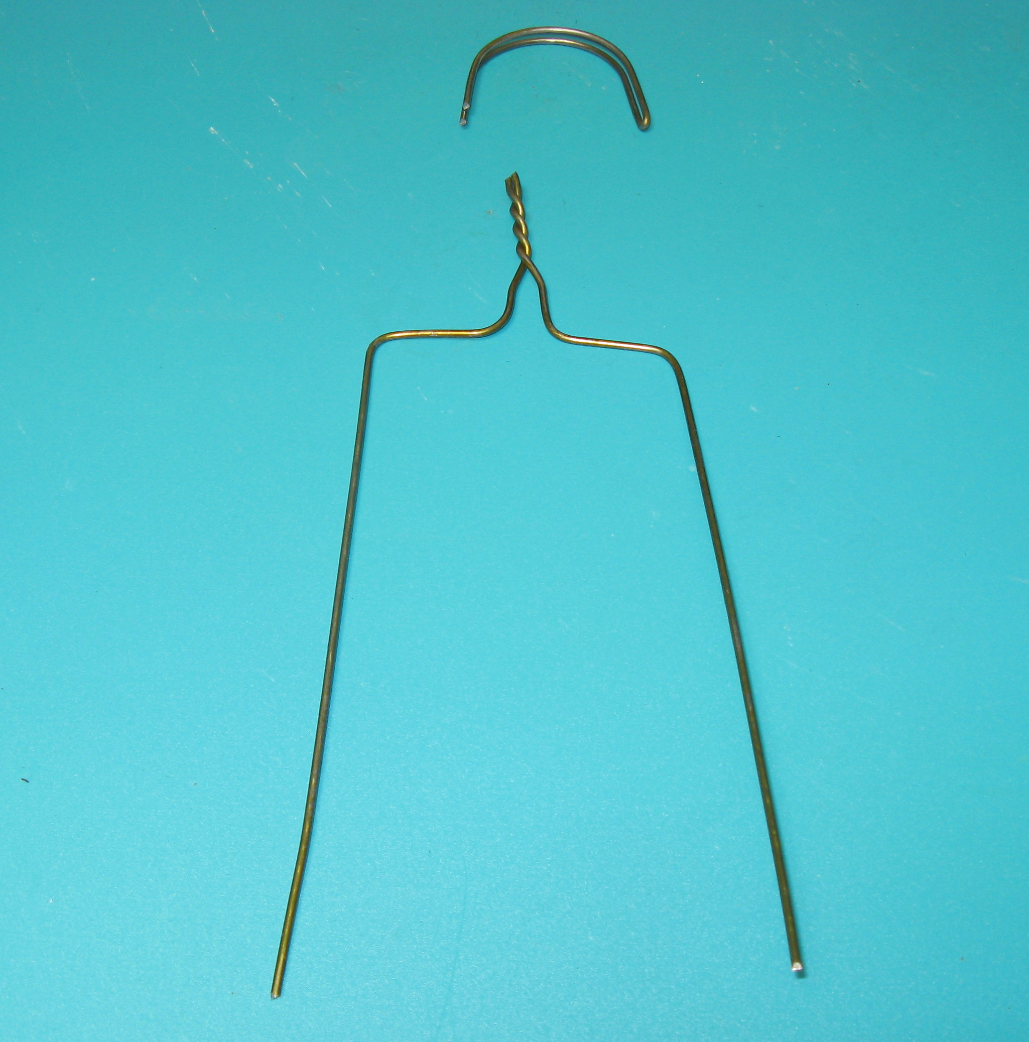 Picture of Altering the Coat Hanger