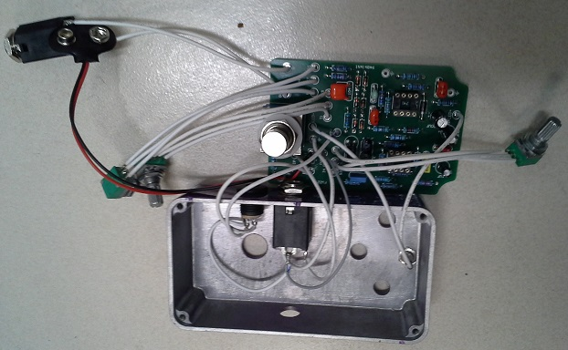 Picture of Connecting LED, Power Supply and Input Connector to the PCB