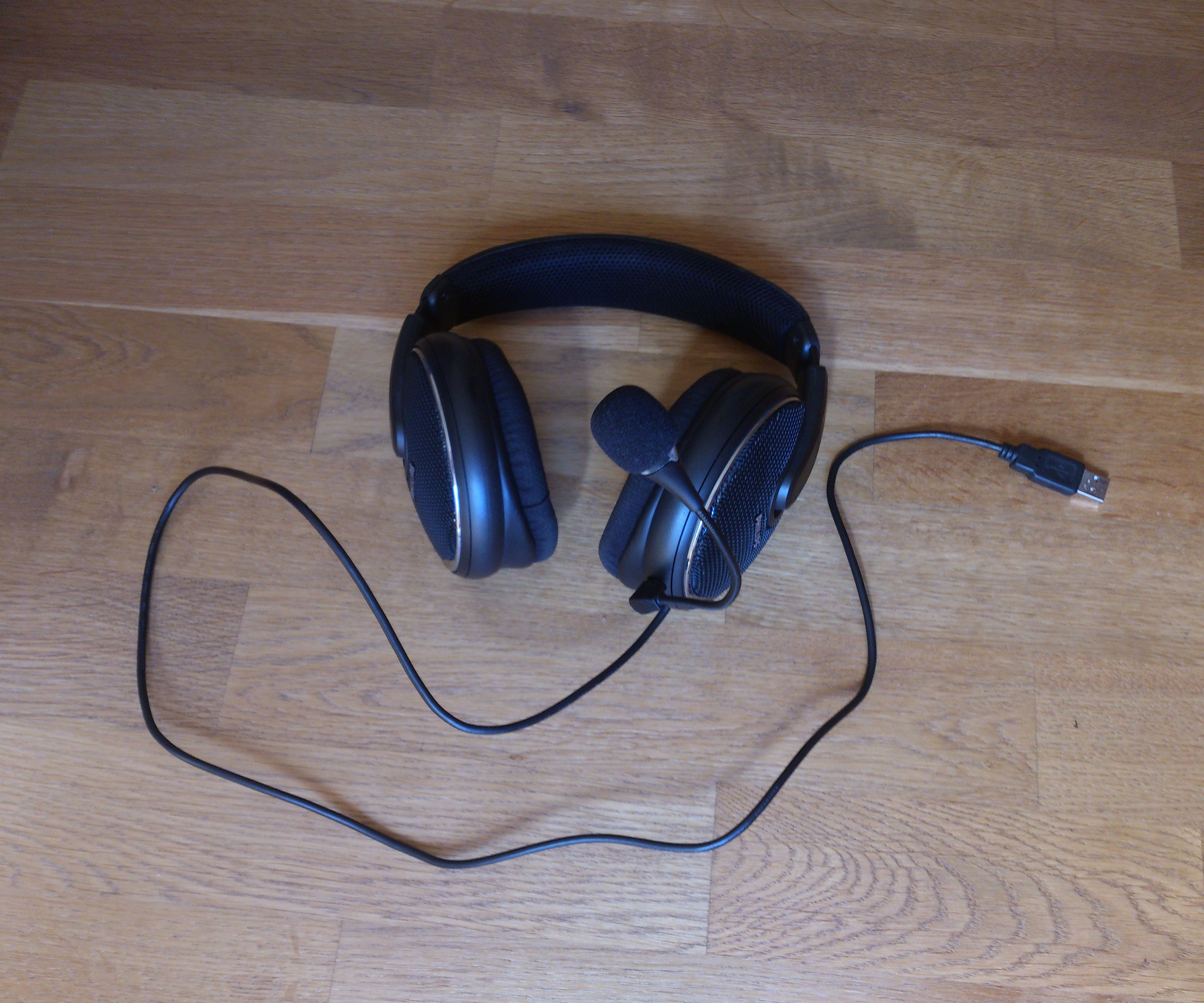 Make Your Own USB Headset : 5 Steps - InstructablesInstructables