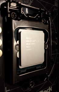 Install the CPU on the Motherboard