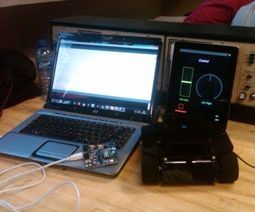 Sumo Robot + IPad + Processing