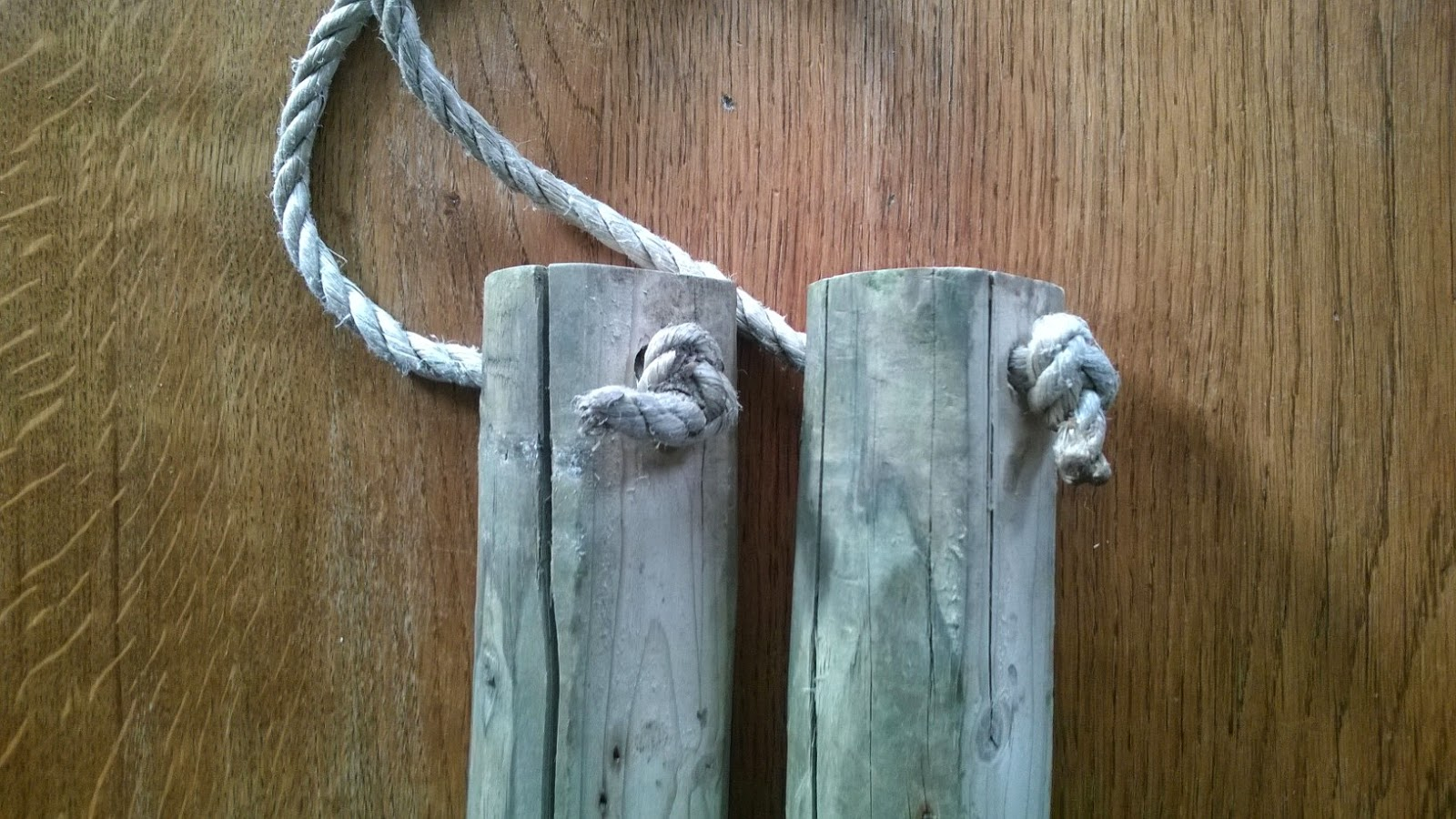 Picture of Ropes Tying Together