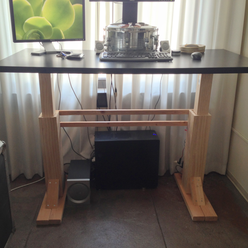 Electric Height Adjustable Desk: 6 Steps (with Pictures)